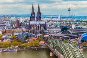 Cum-sa-vizitezi-Germania-ieftin-si-confortabil